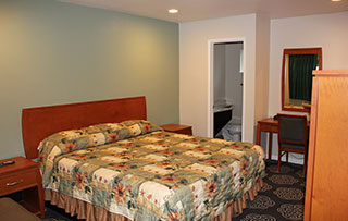 Country Inn Santa Rosa Single King